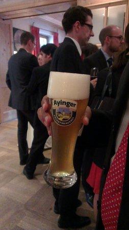 Brauereigasthof Hotel Aying: ayinger beer