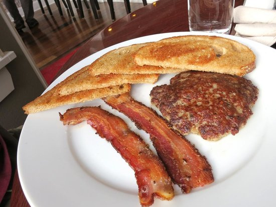 Dad's Diner: Bacon sausage and toast