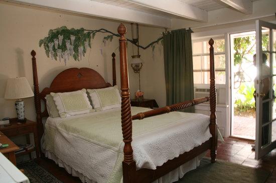 Corrales, NM: Wisteria Room