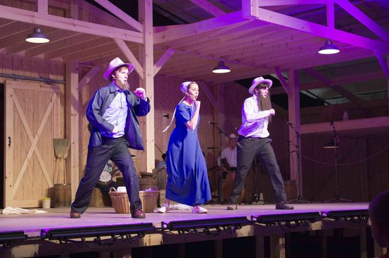 Amish country musicals
