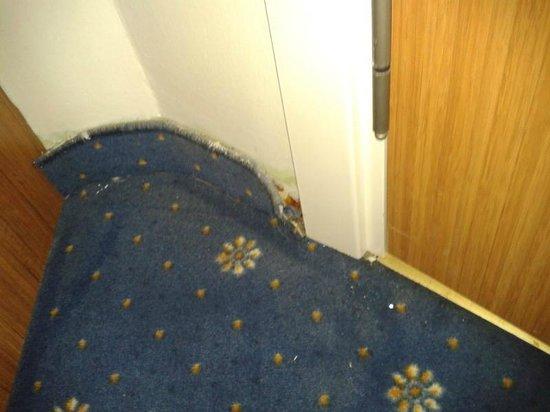 Tanik Hotel: Floor