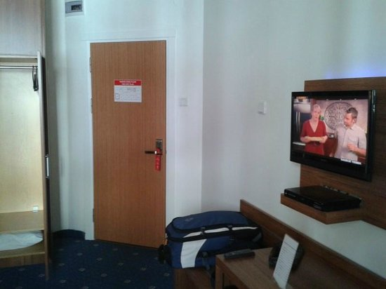 Tanik Hotel: Room