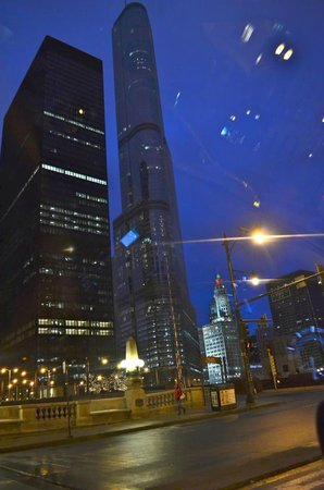 Trump International Hotel & Tower Chicago: First impression of the Trump!