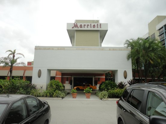 Miami Airport Marriott: Entrada Principal