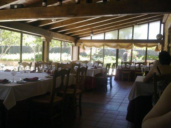 Hotel Restaurante Sierra Quilama: bonito comedor