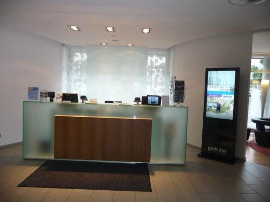 Park Inn by Radisson Nuremberg: Reception