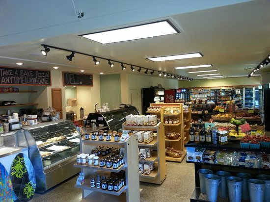 Neskowin Trading Company: The store is ALMOST finished!