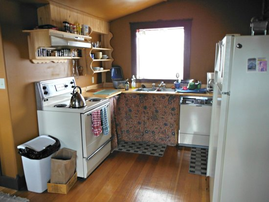 Historical Guest House: Kitchen Area