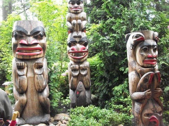 North Vancouver, Canada: totem poles
