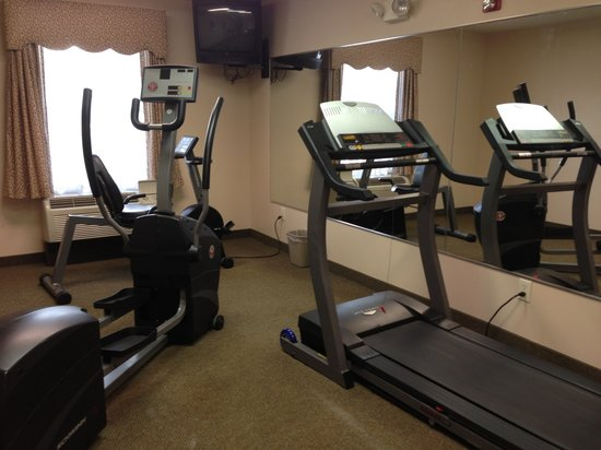 American Inn & Suites - High Point: Fitness Room