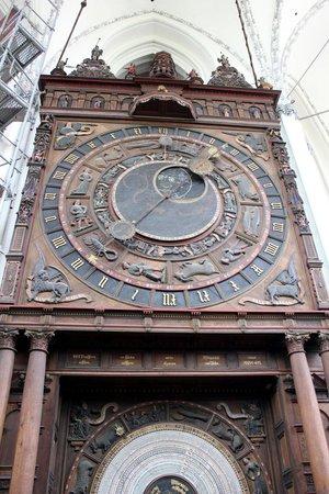 Sankt Marien Kirche: Fabulous clock
