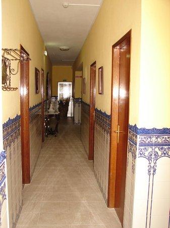 Hotel Douro: couloir de l'hôtel