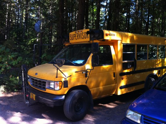 Horse Creek Lodge: Grease bus