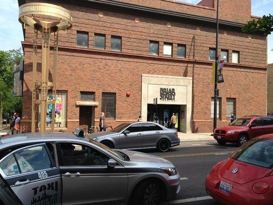 Briar Street Theatre - Blue Man Group Chicago