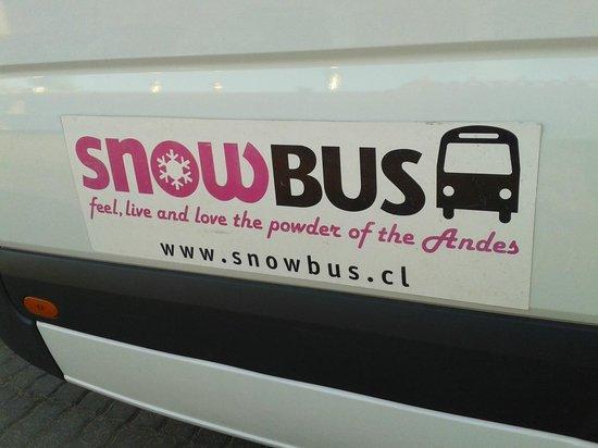 SnowTours: Valle Nevado - SnowBus