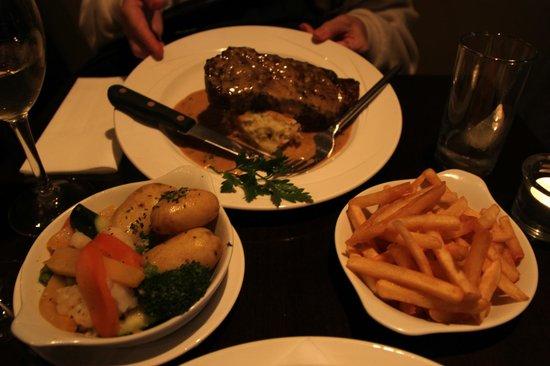 Treyvaud's : 10 ounce sirloin steak