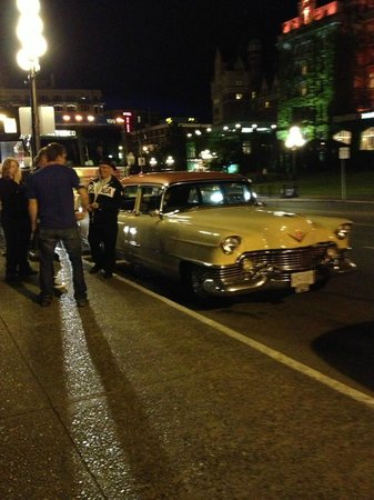 Classic Car Tours : Fancy Nancy