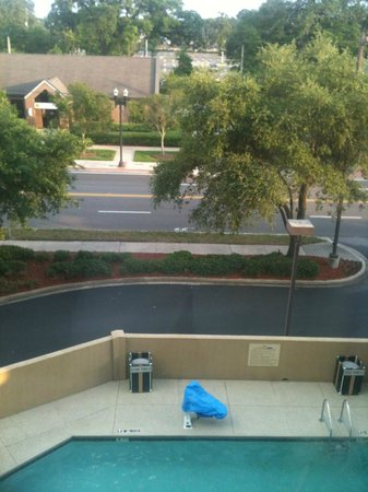 Hampton Inn Jacksonville Downtown I-95: View From Room