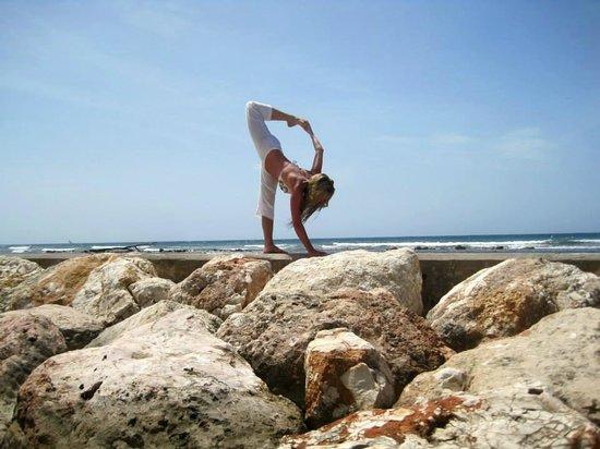 Half Moon: Art of Motion Yoga Retreat- Arda Chandra Chapasana