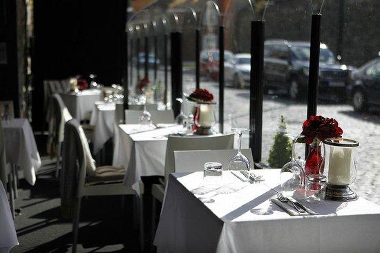 Bridge Bar and Grill: Terrace