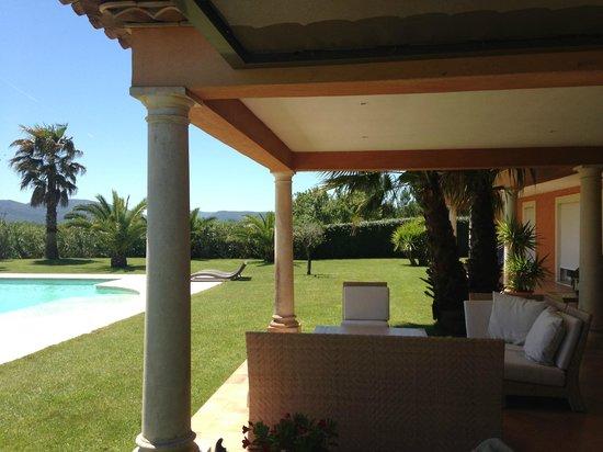Villa Sophie : Vue du coin terrasse