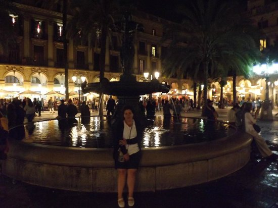 Roma Reial Hotel: Plaza Mayor