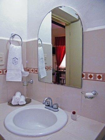 Hotel Casa Nobel: Baño Master