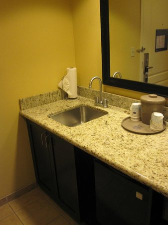 Hampton Inn & Suites Moreno Valley: Studio Suite