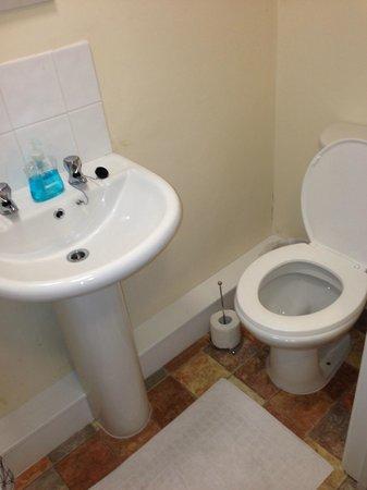Hathway House: toilet