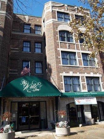 Write Inn: outside the hotel