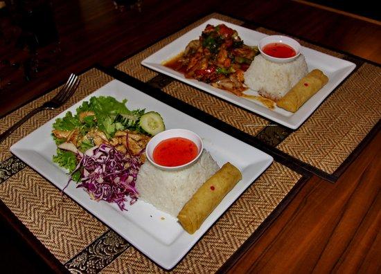 Bann Thai: Slightly spicy chicken dishes