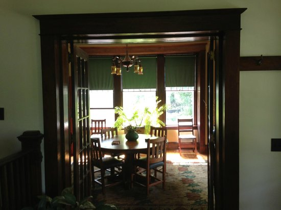 Laurel Lodge: Dining Room