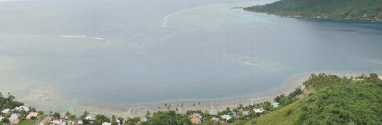 Opunohu Bay from Magic Mountain-Fare Vaihere-Moorea-Thanks to rangiphil
