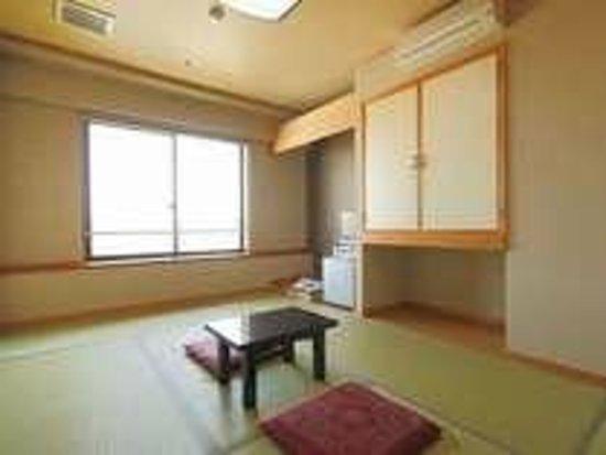 Business Hotel Matsukaze: 和室