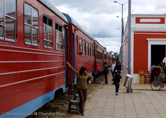 Tren Turistico de la Sabana: Almost ready to leave Cajicá
