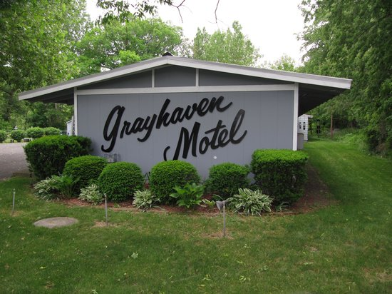 Grayhaven Motel: Treman Lodge