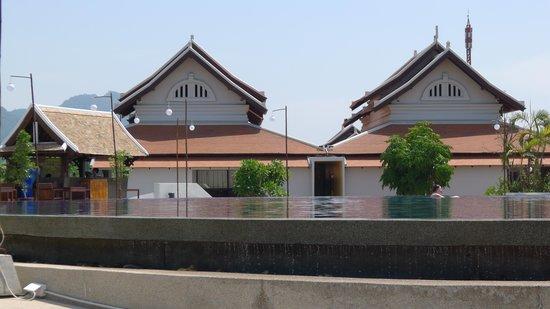 Luang Prabang View Hotel: view of the pool