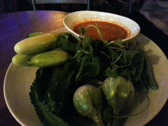 Jam's Boomerang: southern Thai specialty - raw veggies with spicy curry dipping sauce