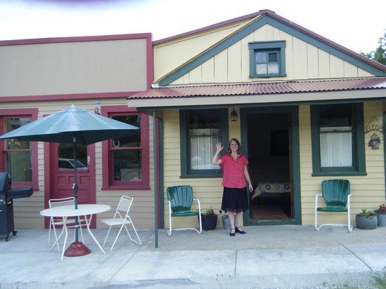 McKittrick, MO: Joey's Birdhouse