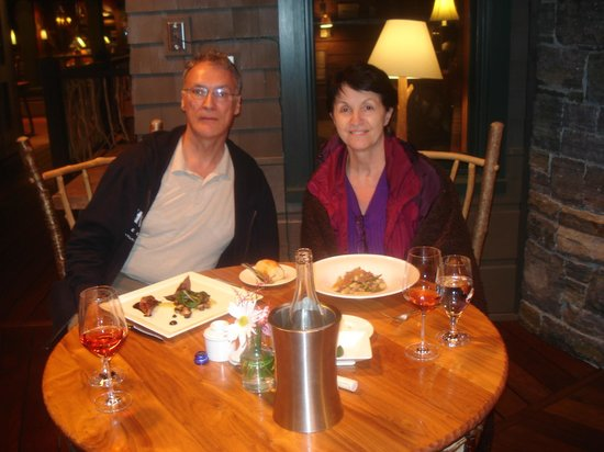 Artisans at the Lake Placid Lodge : Full Dining Room Experience