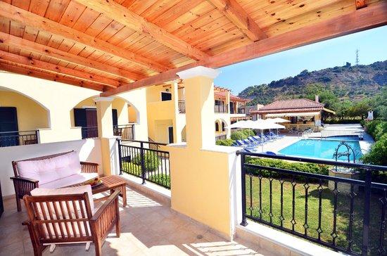 Muses Villas: Balcony