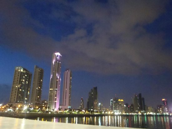 Cidade do Panamá, Panamá: vista desde la cinta costera