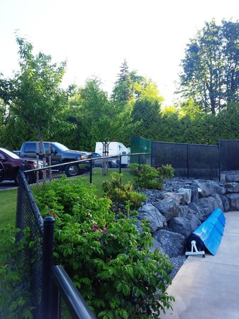 Eagle Wind RV Park: view from pool