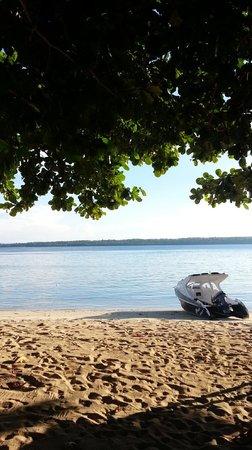 Bobocha Cottages Siladen: Beach