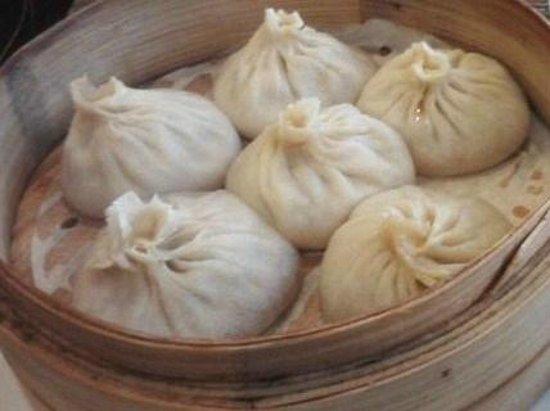 Dumpling Cafe: Mini Juicy buns