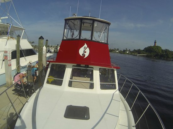 Jupiter Scuba Diving: Boat front