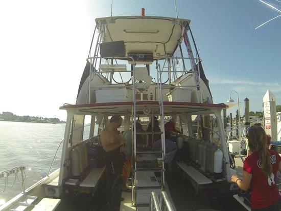 Jupiter Scuba Diving: Boat back