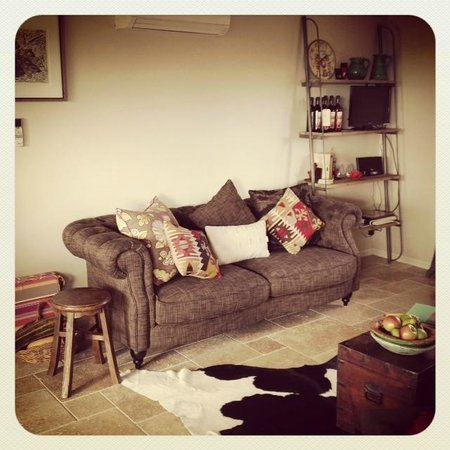 Rosby Guesthouse: Studio lounge area