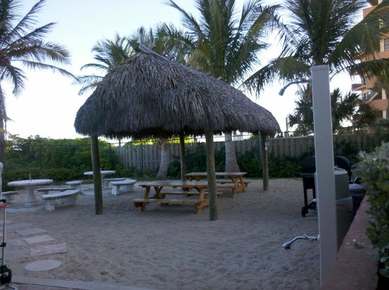 La Costa Beach Club Resort: Salida a la playa