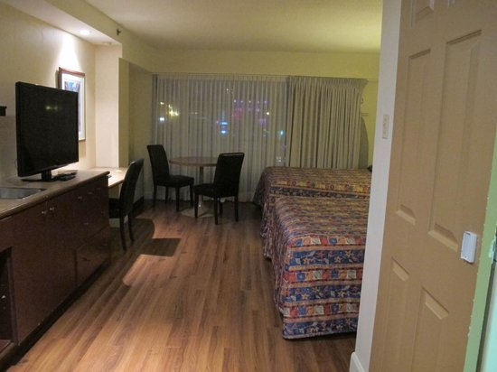 Hotel Classique: Spacious room